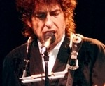 BOB DYLAN RELEASES DELUXE EDITION OF 'NO DIRECTION HOME' DOCUMENTARY - (11/02/2016)