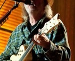 NEIL YOUNG RELEASING 'PEACE TRAIL' ON DECEMBER 2ND - (10/26/2016)